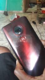 Motorola g7 plus perfeito estado.