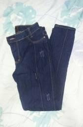 Calça jeans 46 forma pequena