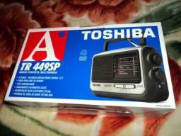 Radio Toshiba am/fm 4 band 110/220v alta sensibilidade produto novo na caixa