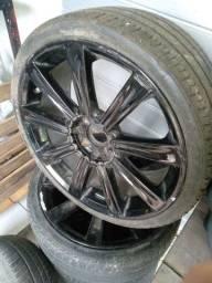 Jogo de rodas TSW Devine 18 polegadas com pneus