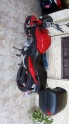 Vendo cb 300 2010