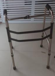 Andador Ortopédico/ bengala quanto pontas
