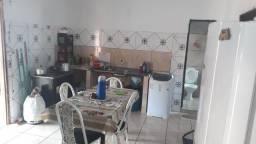 Casa em avenida em araguaina 3/4 lote grande 14x29
