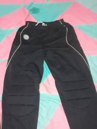 Vendo calça nova  da poker original pra Goleiro