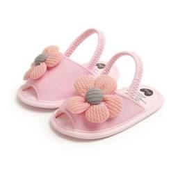 Sandalinha de bebê