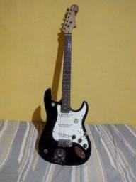 Guitarra GTR América vendo ou troco por Notebook