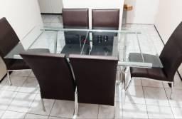 Vende-se: Conjunto de 6 cadeiras + Mesa (tampo de vidro + pé em aço inox)