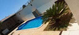 Espaço com piscina para eventos