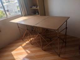 Mesa para exposição de feirantes