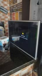 """Smart TV LG 32"""" com defeito na tela"""
