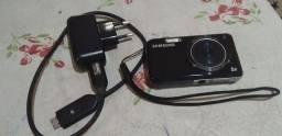 Máquina fotográfica samsung pouco uso