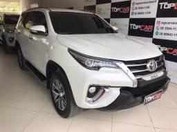Toyota SW4 SRX 4x4 2.8 TDI Diesel Aut. 2017 - 7 Lugares