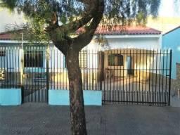 Casa para alugar com 3 dormitórios em Jd leblon, Maringá cod: *54