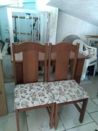 Mesa de Madeira C/4 cadeiras