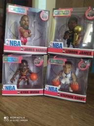 Kit de 4 bonecos de basquete da NBA original