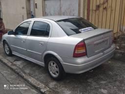Vendo Astra 2000 $16,000