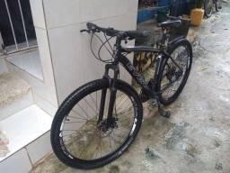 Estou vendendo uma bicicleta 29