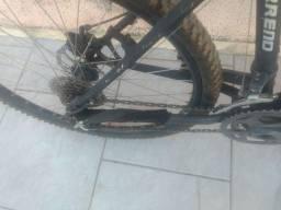 Bicicleta Gta bem conservada