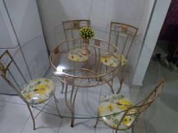 Mesa de vidro linda