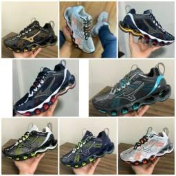 Vendo tênis mizuno wave prophecy X e Nike ( 125 com entrega)