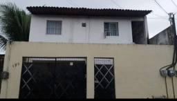 Alugo apartamento no Araturi