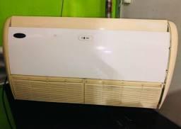 Ar condicionado Split Piso Teto 36000 BTUs - quente e frio
