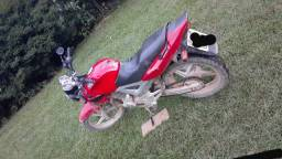 Oportunidade moto Twister 2005