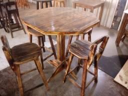 Mesas,bancos,bistrôs,cadeiras tudo de madeira direto do fabricante