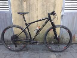 Bicicleta Gt karakoram L 19