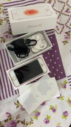 Celular IPhone SE 64GB