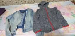 Vendo uma blusa de frio com capu e uma jaqueta