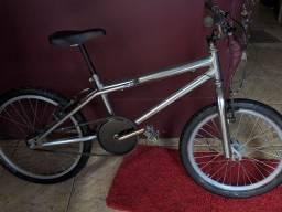 Bike aro 20 BMX impecável
