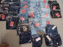 Roupas jeans em atacado