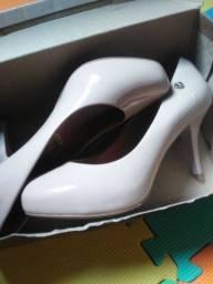 Sapato da vizzano usado 1 so vez 80reais numeração 38 forma pequena