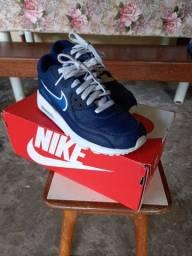 Tênis Nike infantil N°36