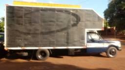 Caminhão 3/4 baú GM6000