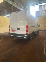 IVECO Daily ano 2017