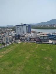 Alugo apartamento anual centro centro Guarapari  800,00