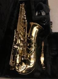 Saxofone Alto Eagle + Boquilha Meyer + Case
