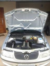 Volkswagen Gol 1.0 Plus 16v 4p 2001 - Único dono - 2001