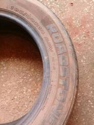 Vendo pneus aro 15 meia vida