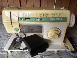 Máquina de Costura Singer Facilita 43