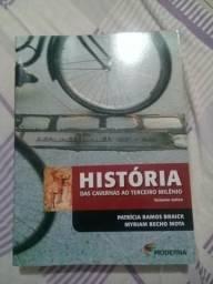 Livro de História das cavernas ao terceiro mundo