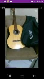 Vendo violão Giannini com capa.150,00