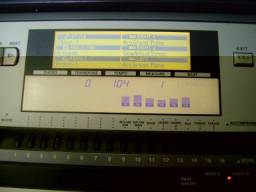 Teclado Yamaha PSR 640 com USB