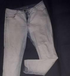 Calça jeans clara cigarette da taco