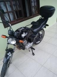 Vendo moto fan 125 ano 2010
