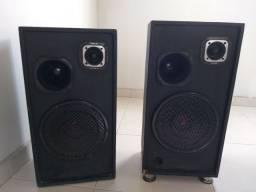 Par de caixas de som