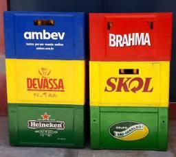 Caixas plásticas com vasilhames 600ml várias marcas