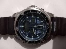 Relógio Citizen Promaster original. Peso aproximado 80 gramas